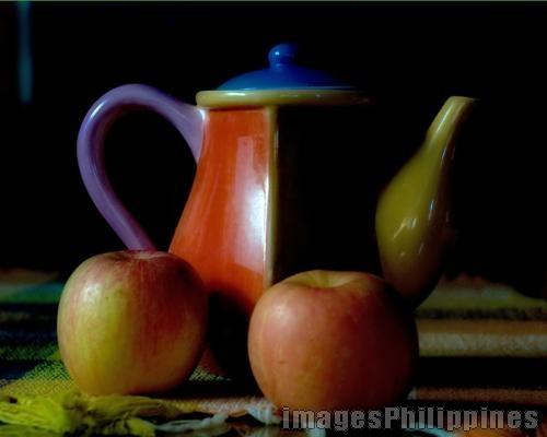 """""""Teapot and Apples"""",  Place Taken: Cavite take on  Date Taken: 2009"""