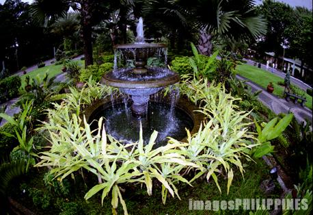"""""""Fort Santiago Fountain"""",  Place Taken: Metro Manila take on  Date Taken: 2002"""