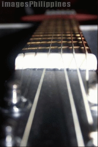 """""""G [guitar] - strings"""",  (available also in 300dpi) take on  Date Taken: 2004"""