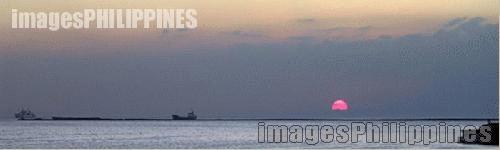 """""""Sunset - Manila Bay"""",  Place Taken: Metro Manila take on  Date Taken: 2005"""