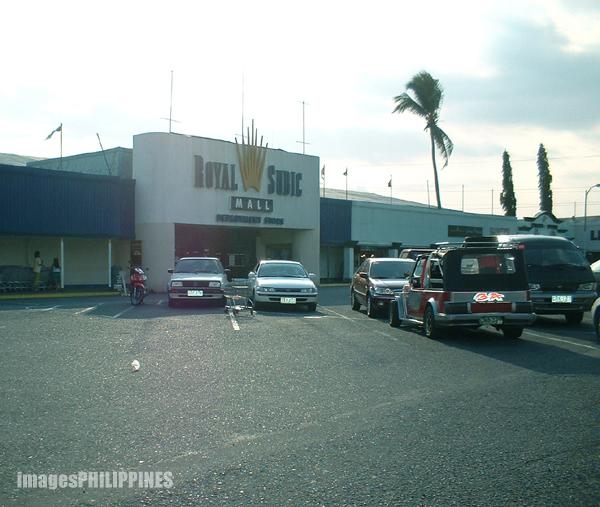 """""""The Royal Subic Duty Free Store"""",  Place Taken: Subic Bay, Zambales take on  Date Taken: 2003"""