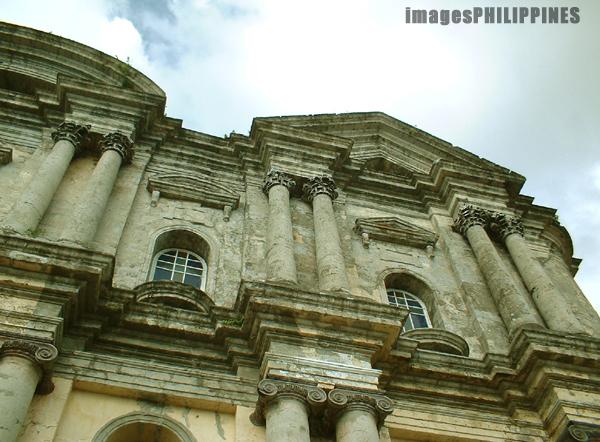 �Basilica of St.Martin de Tours�,  Place Taken: Taal, Batangas take on  Date Taken: 2003
