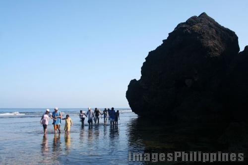 """Beach Walk"",  Place Taken: Ilocos Sur take on  Date Taken: 2008"