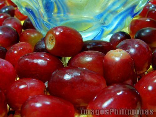 """""""Grapes 3"""",  Place Taken: Metro Manila take on  Date Taken: 2008"""