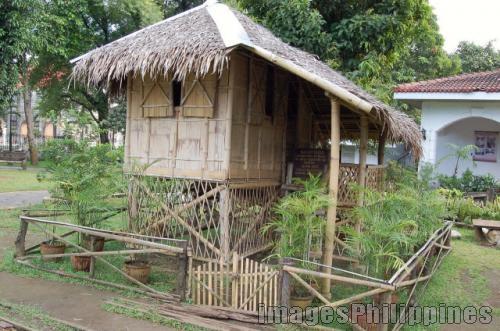 """""""Bahay Kubo ni Rizal"""",  Place Taken: Laguna take on  Date Taken: 2008"""
