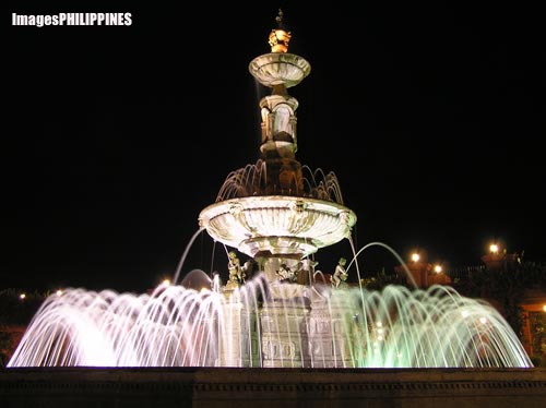 """Fort Ilocandia Fountain"", 
