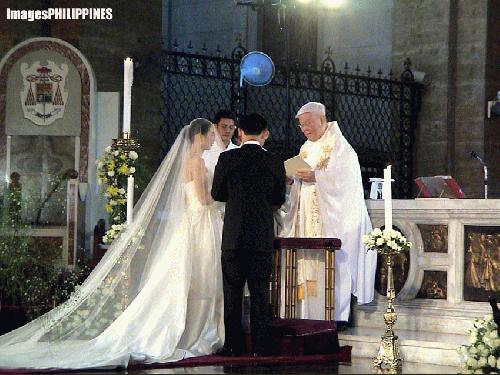 """""""Yes, I Do"""",  Place Taken: Metro Manila take on  Date Taken: 2003"""