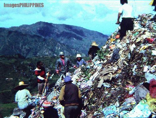 """""""Scavenging in the Highest Garbage Dump"""",  Place Taken: Baguio City take on  Date Taken: 2004"""
