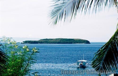 """distant view of sumilon island"",  Place Taken: Oslob Cebu take on  Date Taken: 2006"
