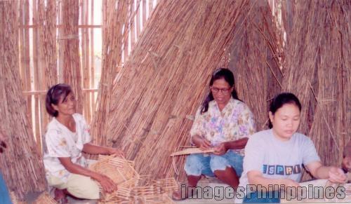 """""""Balasang ken Bakit"""",  Place Taken: Isabela take on  Date Taken: 2003"""