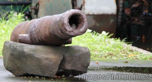 """""""Cannon"""",  Place Taken: Metro Manila take on  Date Taken: 2010"""