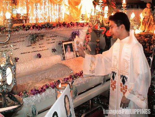 philippine culture regearding burial The burial of former philippines dictator ferdinand marcos in heroes' cemetery prompts anger.