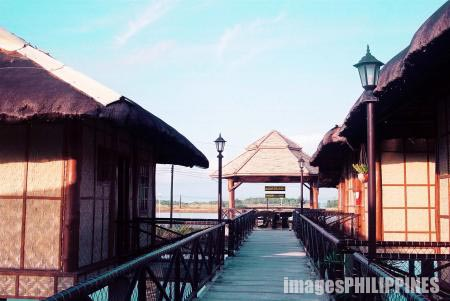 """Cottages, isla parilla"" , 