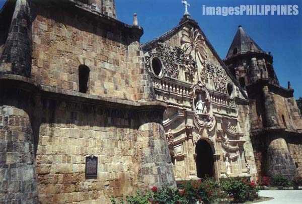 �Church of Santo Tomas de Villanueva�