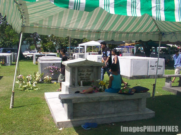 �Manila Memorial Park�