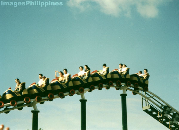 Rollercoaster in Enchanted Kingdom