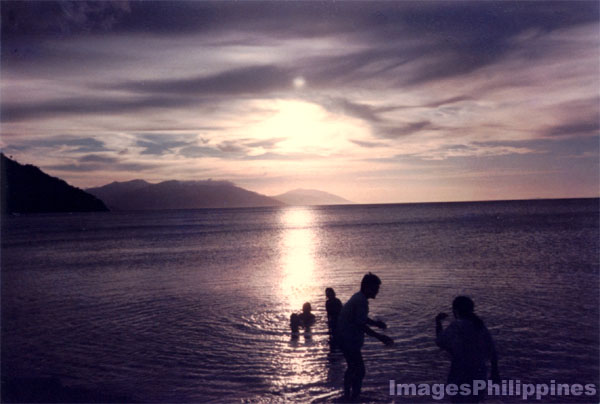 White Beach, Puerto Galera, Mindoro