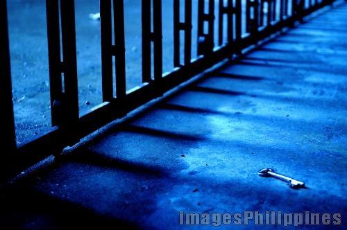 """""""Untitled"""",  Place Taken: Metro Manila take on  Date Taken: 2005"""