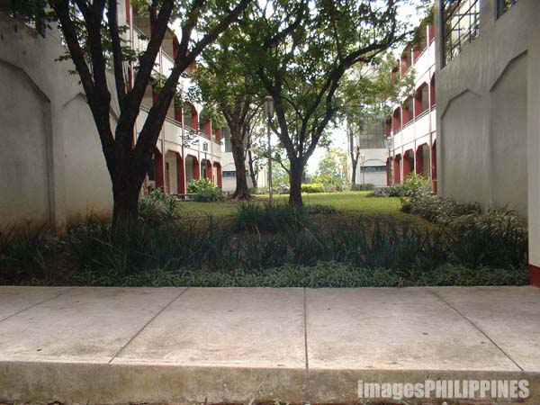 """High School 2nd Year Pavillon""