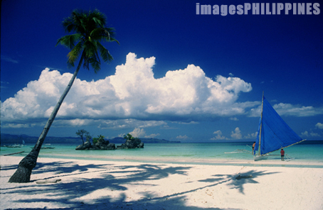 Fine White Sand of Boracay Area2
