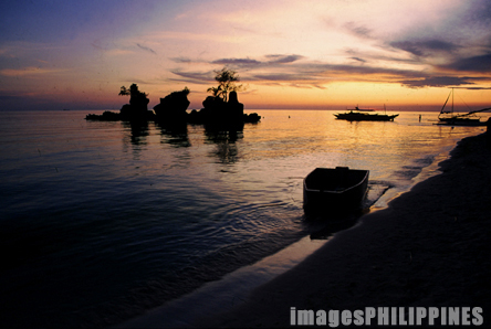 Glow of Sunset in Boracay 